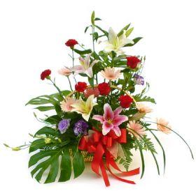 Aranjament Assorted Flowers mediu