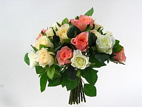 Buchet de Trandafiri HO mixt