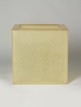 Fibreglass 50x50x50 cm crem