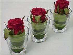 Trandafir in vas de sticla 10 cm HO rosu